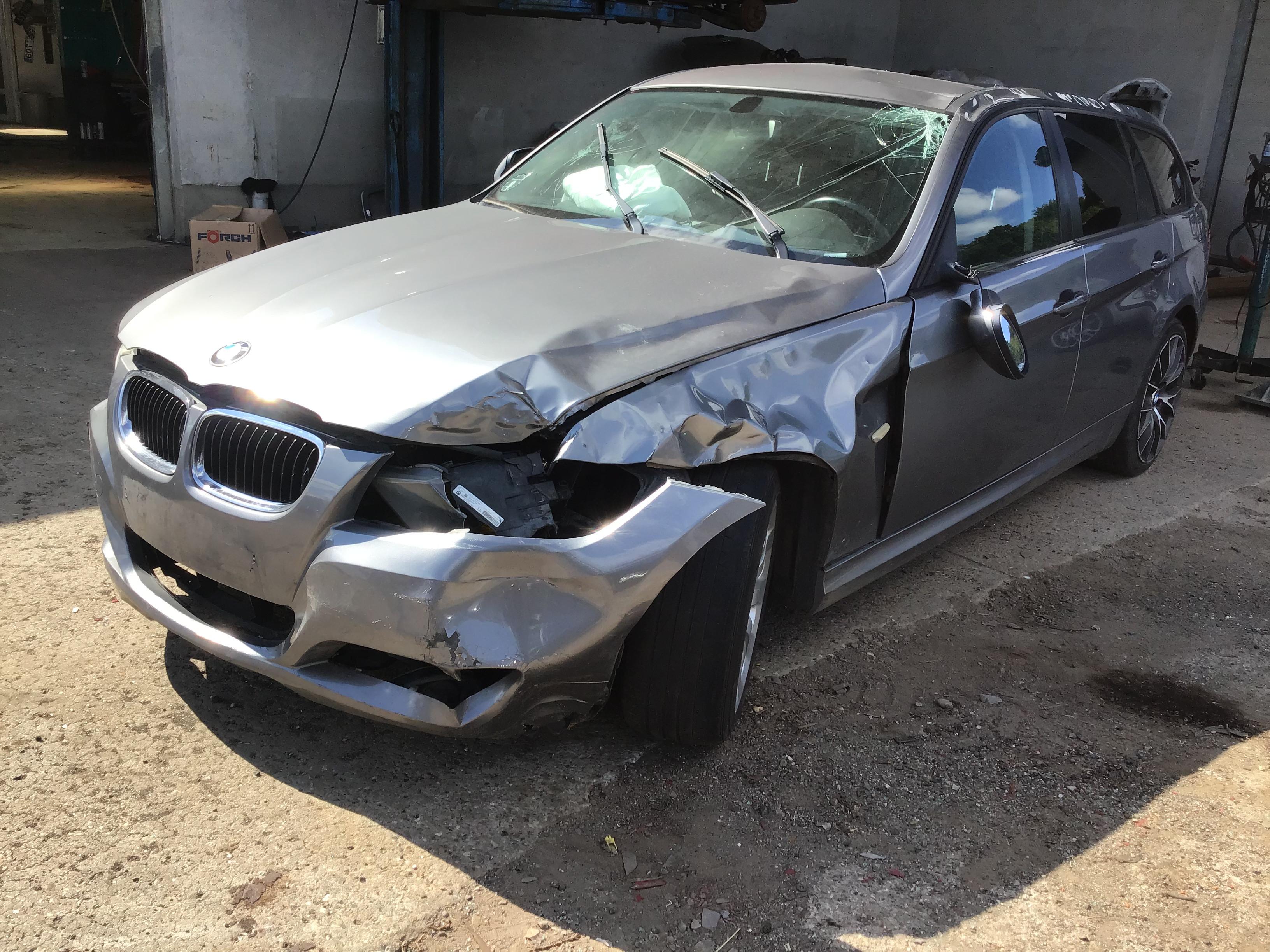 Reservedele, BMW 320Daut,år2010miljø70-0621