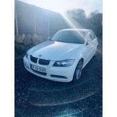 BMW 325td år 07 hvid 91-0821