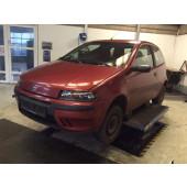 FIAT PUNTO 1,2 16V aut år 2000'04-0118