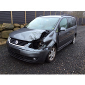 VW TOURAN,2,0,TDI,ÅR 2006,91-0718